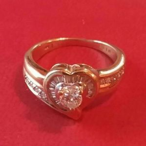 Jewelry - Size 5 14K diamond ring